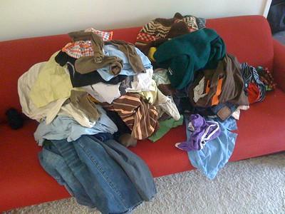 Baju berantakan